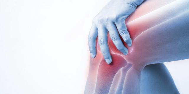 Holding anterior knee