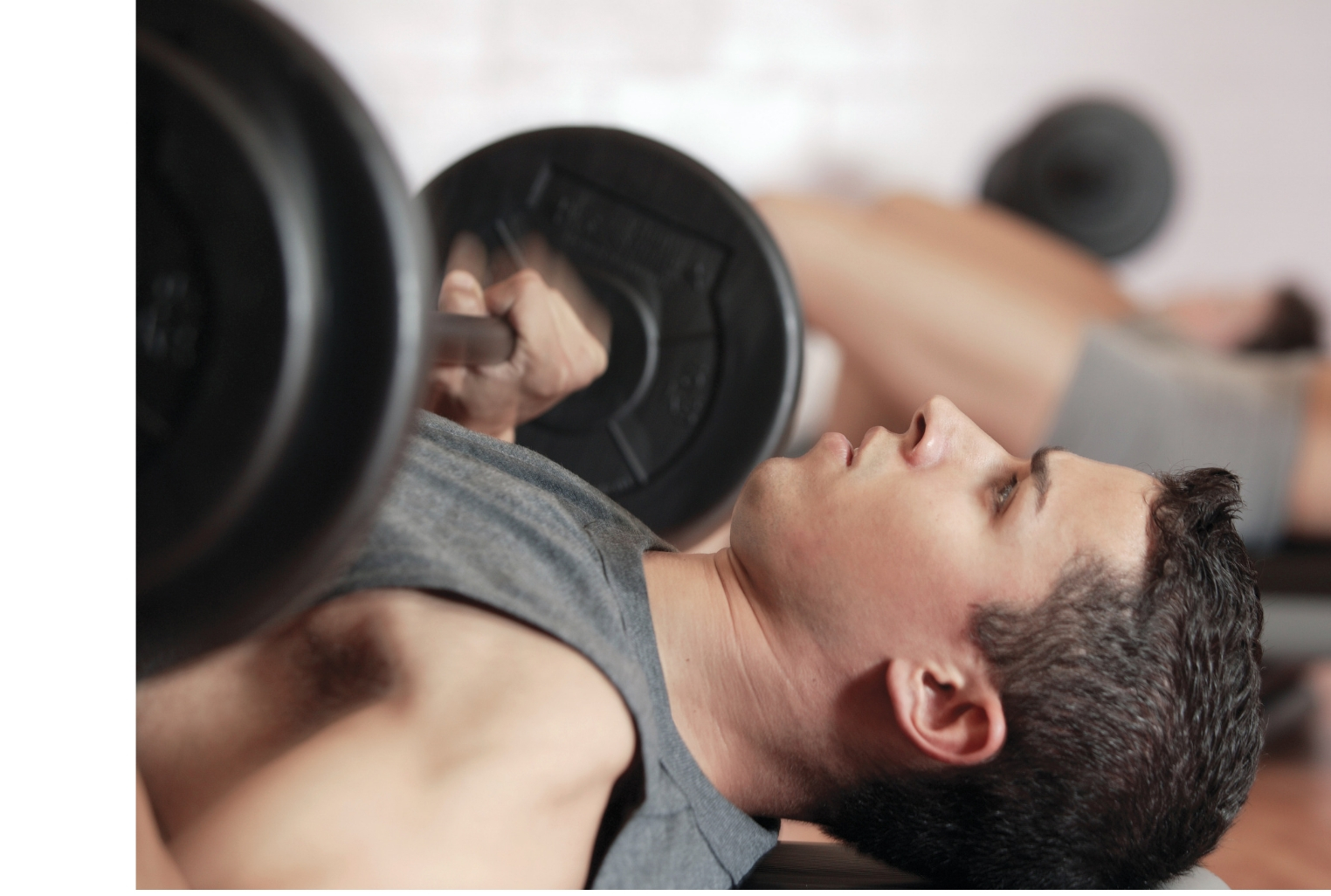 Shoulder Pain at the Gym: 4 tips to train around the pain